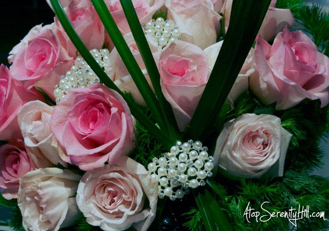 A peek inside the Philadelphia Flower Show • AtopSerenityHill.com #photography #roses