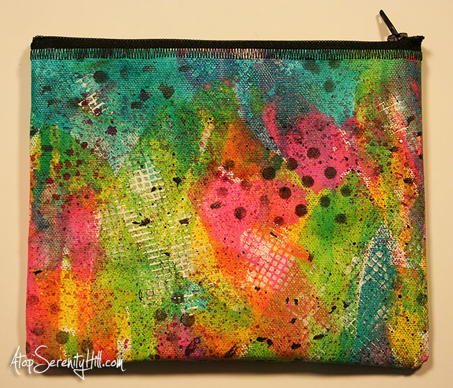 A birthday challenge: zippered painted pouches • AtopSerenityHill.com #mixedmedia #30paintedpouches #zipperedpouches