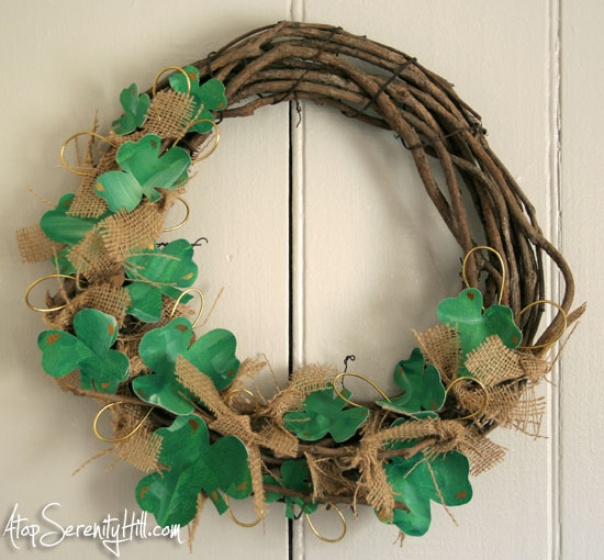 canvas shamrocks and burlap wreath for St Patrick's Day • AtopSerenityHill.com