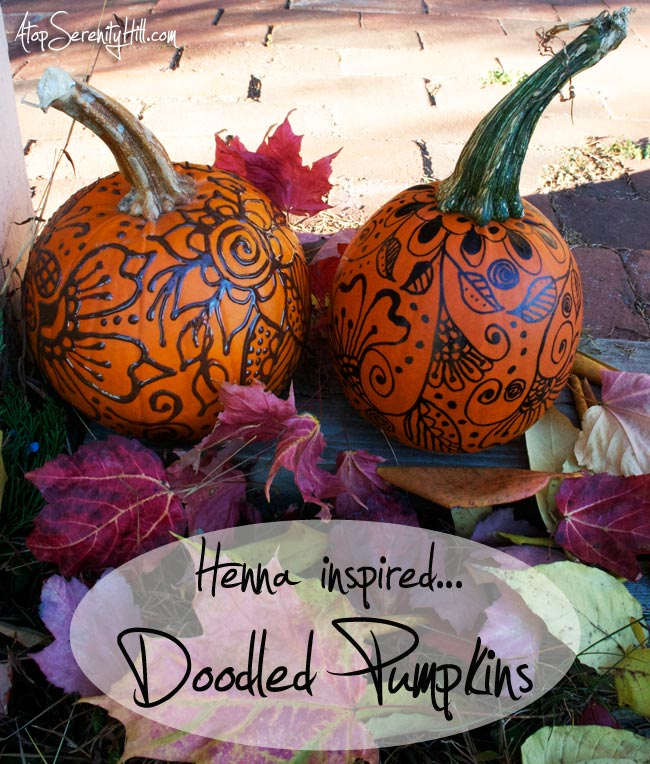 Henna inspired doodled pumpkins using Sharpies and fabric paint • AtopSerenityHill.com #fall #decorating #pumpkins
